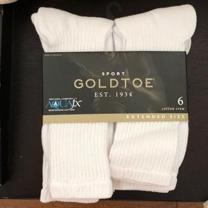 Accessories - Gold toe socks shoe size 12-16